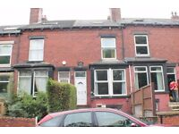 Double Bedroom Available Now! Armley Park Road LS12 - £295 pm All BILLS INC.