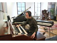 Pro Keyboard Player Available for online recordings.Send me your tracks...