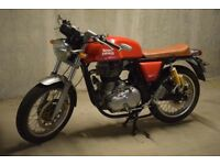 Royal Enfield Continental GT 2015 - 3800 miles - Red Cafe Racer