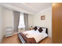 Four bedroom apartment in Marble Arch