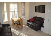 Spacious Ground Floor Apartment - Available for Short Term Let - Botanic/City Centre