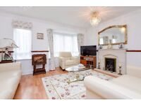 A four bedroom town house to rent in Kingston. May Bate Avenue.