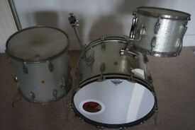 1963 Ludwig Super Classic silver sparkle + Protection Racket cases / spare BD heads
