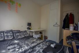 DOUBLE room in SURRAY QUAYS, REAL PICS!