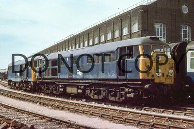 UK DIESEL TRAIN RAILWAY PHOTOGRAPH OF CLASS 31 31007 LOCO. (RM31-9)