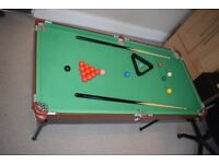 '4ft 6' snooker / pool table
