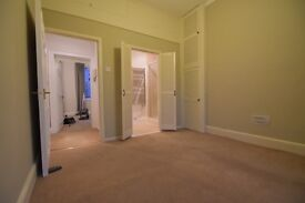 1 bedroom flat, recently refurbished in a very central location. 4 minutes walk to Queen Square