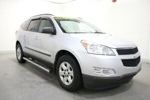 2010 Chevrolet Traverse LS 8 PASSAGERS +ON STAR+A/C