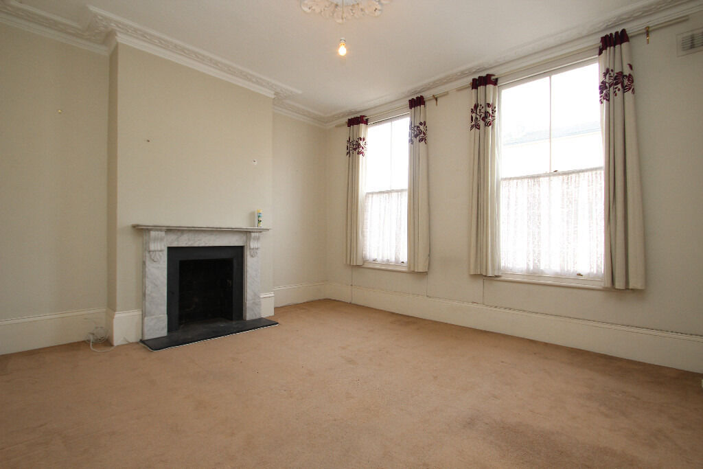 Very Spacious Two Double Bedroom Apartment Moments Away From Archway Underground Station