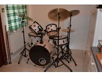 Mapex Mars Drum Kit. (Bonewood) with cymbols