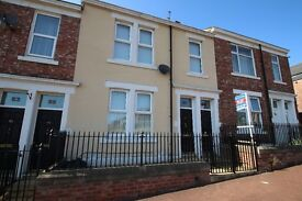 An Immaculate 3 Bed Upper Flat - only £640.00 to move in...