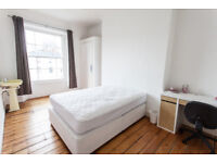 Large room in shared house in Clifton available immediately