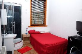 rooms to rent, long or short term, fully furnished.