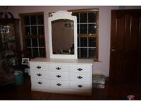 Oak triple dresser / chest of drawers