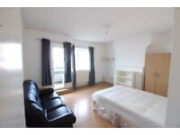 5 BEDROOM FLAT( NO LIVING ROOM ) IN BETWEEN MILE END & WESTFERRY- PERFECT FOR STUDENTS