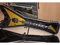 Jackson RR24 in Aztec Gold MIJ near mint only 500 built. With Jackson SKB case!