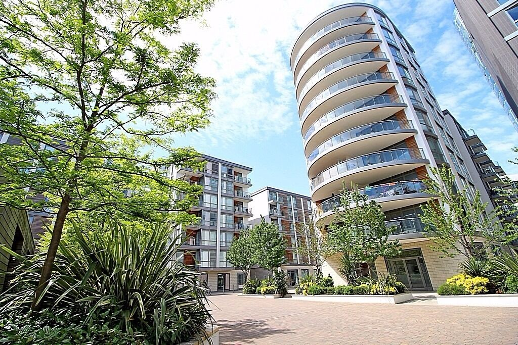 Part of the GWQ Complex Luxury 2 Bedroom 2 Bathroom Apartment with Balcony Furnished