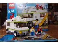 Lego city caravan set (7639) complete with box and instructions in good condition
