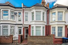 6 Bedroom House for rent , 10 min walk to Willesden Green, Jubillee Line Station. NO FEES TO TENANTS