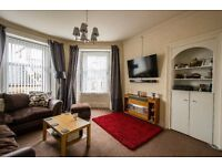 3 Bedroom Flat for sale - Blairgowrie. Large Central Located Flat GCH & DG