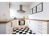 A fantastic two bedroom top floor flat to rent in Southfields.