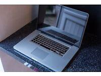 "Macbook Pro I7 17"" 2.3ghz 8gb RAM 250gb SSD - Desktop replacement"