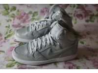 Nike Son Of Force Mid Item ID 616303 019 (Women)