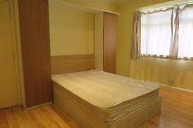 Beautiful & Bright Double Room In EastActon 5 MinTo Underground EastActon Station
