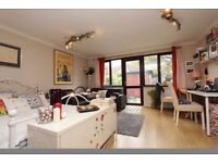 SINGLE/ DOUBLE/ EN SUITE rooms ALL BILLS included FREE professional cleaning service !!