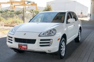 2009 Porsche Cayenne Loaded SUV, Coquitlam Location!