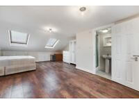 STUDENTS WELCOME- 6 BEDROOM 5 BATHROOM 2 LIVING ROOMS AMBASSADOR SQUARE E14 LONDON