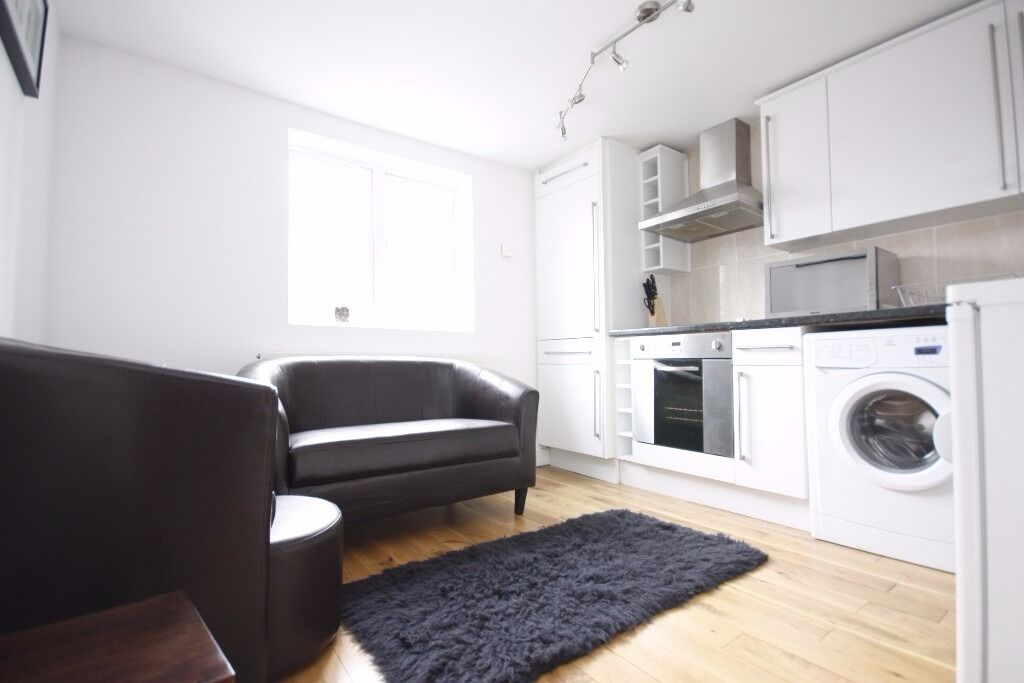 2 bed flat to rent just £1,517 pcm (£350 pw) Cannon Street Road, Aldgate E1