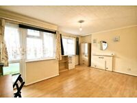 4 Double Bedroom Flat To rent- Oval