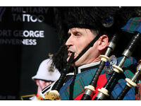 Highland Bagpiper for all occasions: Weddings, funerals, graduations and corporate events.