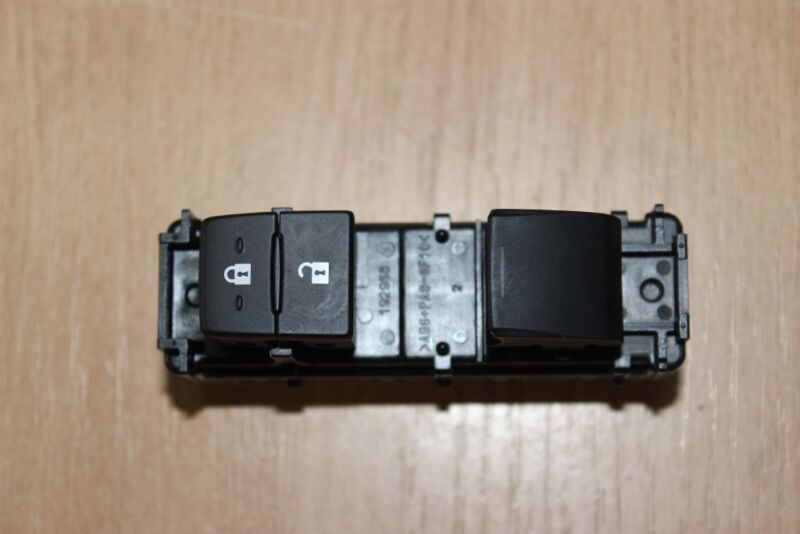 2013 LEXUS GS 250 350 450H GWL10 / FRONT PASSENGER WINDOW CONTROL SWITCH
