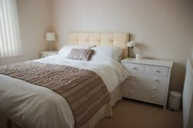 Bright and airy double room in lovely house. All bills included.