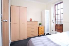 ~Perfect double In a Canary Wharf, new house!~