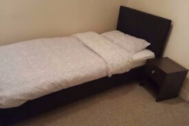 Really nice and Comfortable place right next to Gants Hill. CALL:447404306401