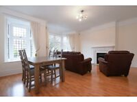 A large 3 bed flat to rent in Wimbledon. Kenilworth Avenue SW19