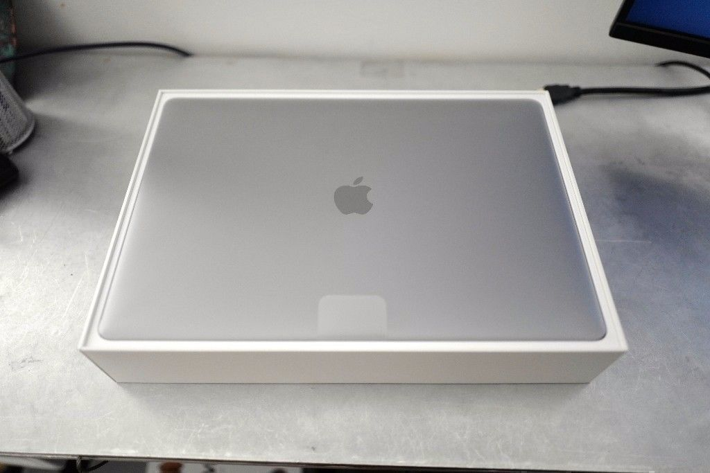 """15"""" Apple Macbook Pro 512GB 2.7ghz 16gb 2016 - SLATE GREY, TOUCH BAR - 2017 BRAND NEW Gray Boxed"""