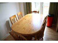 Small pine dining table + 6 chairs Ideal for a kitchen