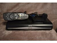 ++ SKY + PLUS HD BOX AMSTRAD DRX890 500GB SLIMLINE DRX 890 + WIRELESS CONNECTOR SD501