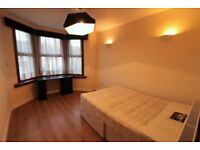 Excellent Condition 2 bedrooms First Floor flat near Ilford Station --Ilford --No DSS please