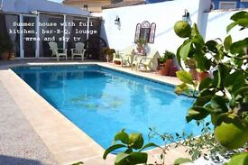 LARGE 3/4 BEDROOM BUNGALOW IN SPAIN CLOSE TO THE MEDITERRANEAN FOR SALE OR SWAP