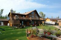 Year round lakefront cottage/home at Wekusko Lake (Snow Lake)