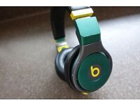 CUSTOM GENUINE Beats by Dr. Dre Pro Headset UK - GREEN & GOLD