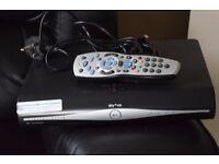SKY PLUS HD BOX REMOTE/HDMI CABLE/POWER CABLE