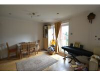 Massive 3 bedroom house with private garden, fully furnished and located close to Rotherithe Station