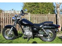 Black Suzuki Marauda 125 motorcycle 2011 reg exceptionally low mileage