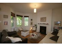 LARGE 3 Bed Flat - Oval